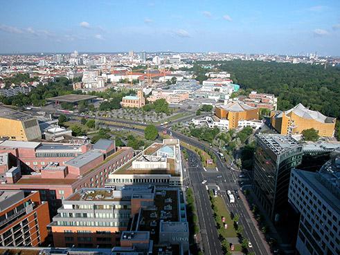 PM AIV 08052015 kulturforum blick von panoramaterrasse des kollhoffturms 2004 web